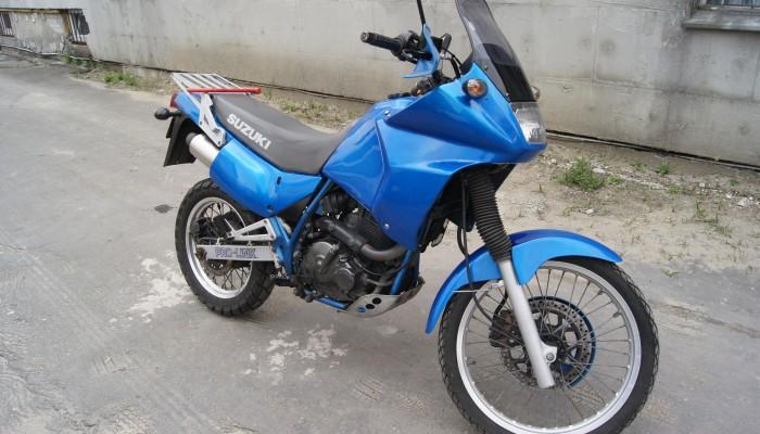 Duże enduro za małe pieniądze. Jaki motocykl do jazdy enduro kupić i jak to zrobić najtaniej?