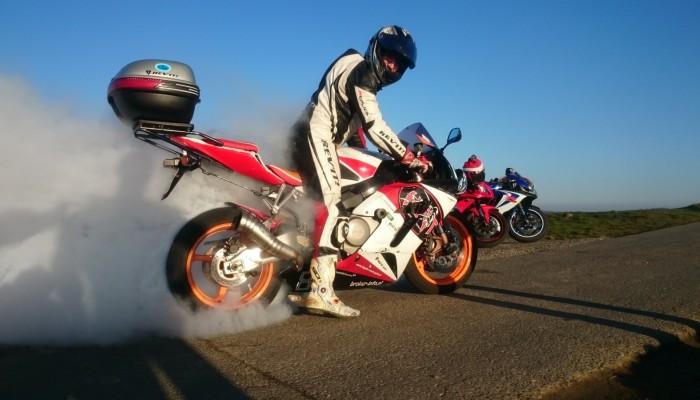 Pierwsza jazda motocyklem po zimie - 3 rzeczy, o których warto pamiętać
