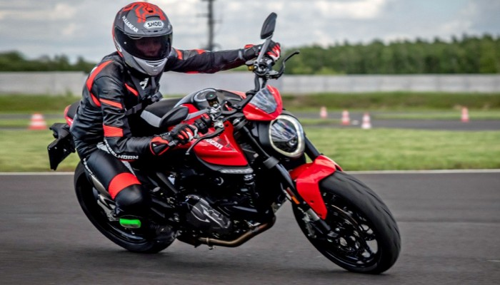 Ducati Monster 2021 - test, opinia, recenzja