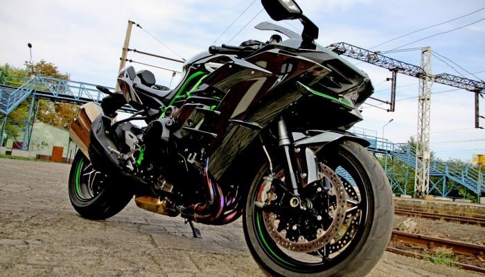 Kawasaki Ninja H2 - motocykl, który zmienił definicję prędkości