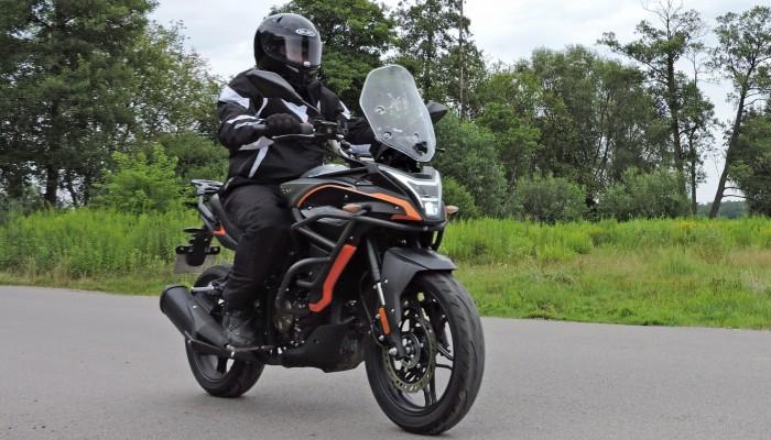 Voge 300DS - idealny motocykl dla początkujących turystów