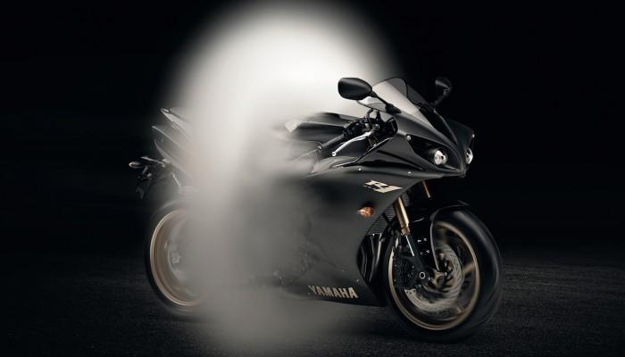 Najlepsze reklamy motocykli - dlaczego już się ich nie robi?