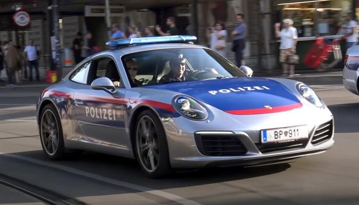 Najlepsze radiowozy świata są ekstremalnie drogie. Jak na tle czołówki wypada polska policja?