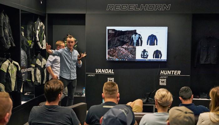 Prezentacja kolekcji Rebelhorn i Broger na sezon 2022 - odzież motocyklowa skrojona na miarę potrzeb