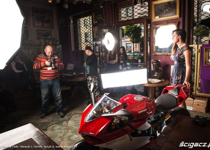 kulisy sesji Scigacz pl i Ducati
