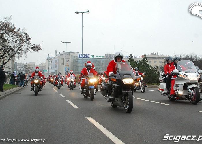 Motocyklisci Trojmiasto parada Mikolajki