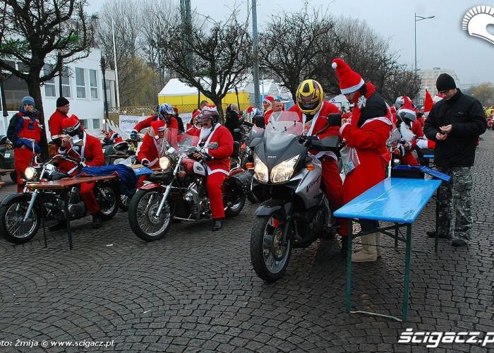 Odprawa motocyklistow w Gdyni