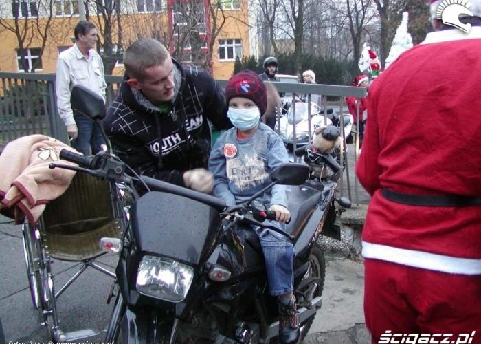 Dziecko z oddzialu onkologicznego motomikolaje bydgoszcz 2009