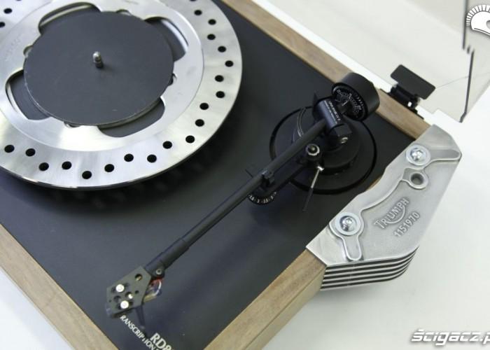 gramofon z tarczy