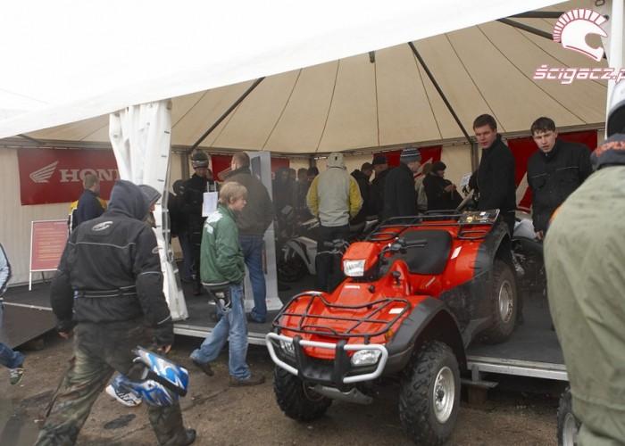 honda namiot rozpoczecie sezonu 2008 b mg 0125