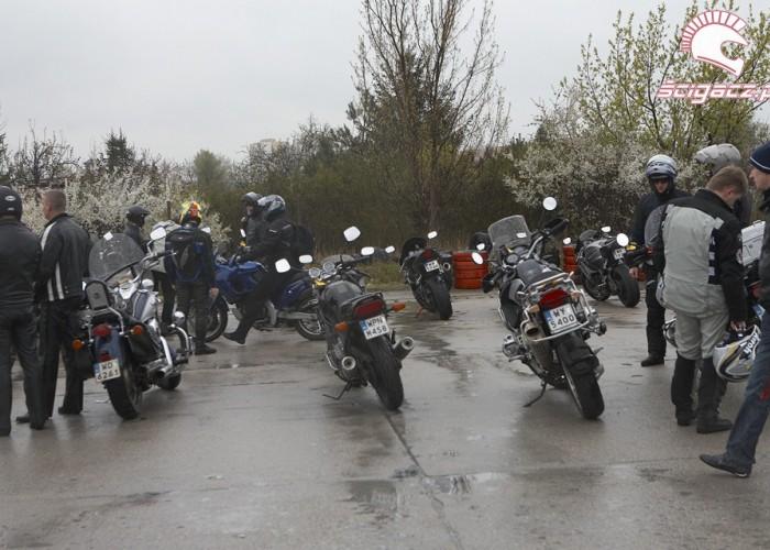 moto parking rozpoczecie sezonu 2008 b mg 0184