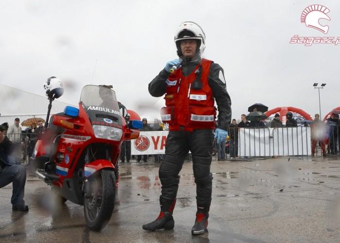 moto ratownik ambulansrozpoczecie sezonu 2008 b mg 0118