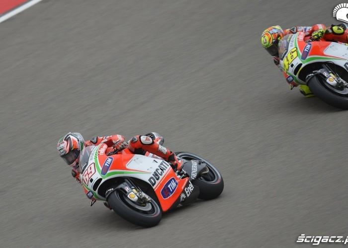 Ducati team na torze
