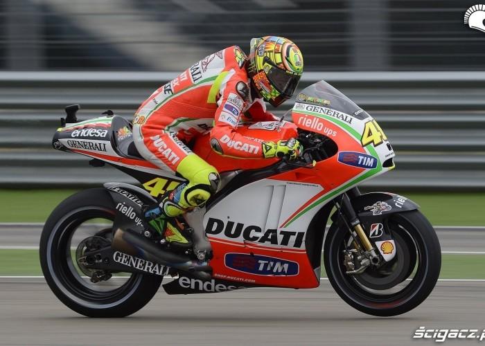 Rossi z boku