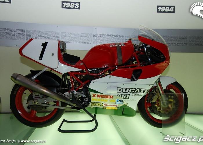 Ducati Desmo 851