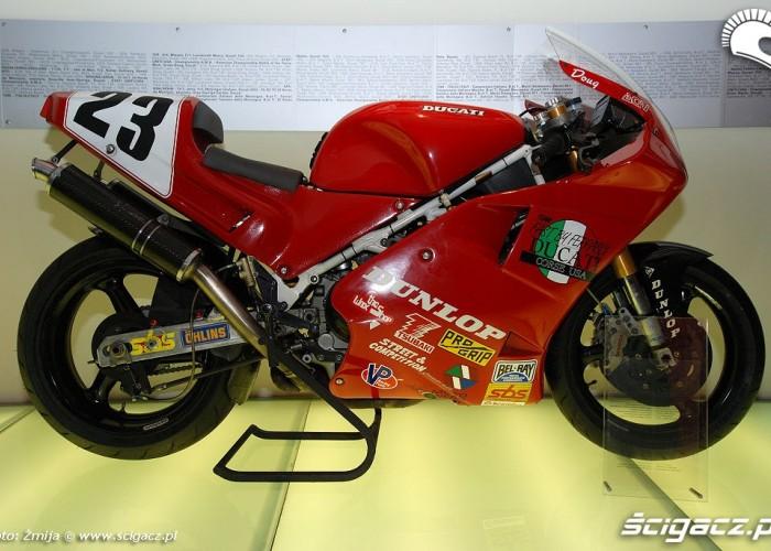 Ducati wyscigowa historia