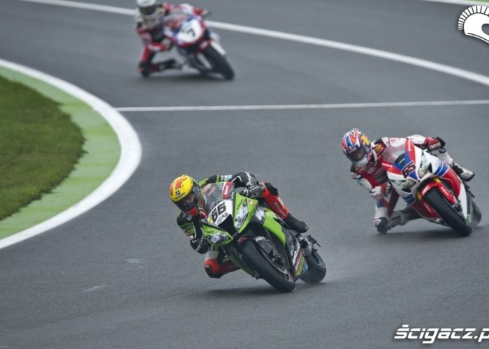 Sykes Magny Cours wyscig