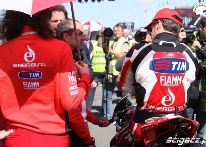 Ducati pole startowe World Superbike Assen 2013