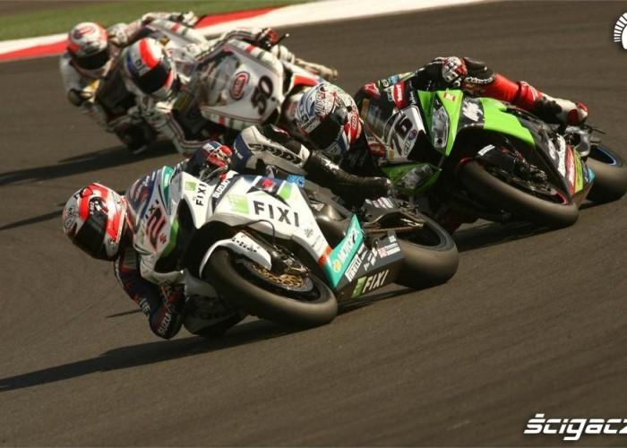SBK Race Russia 2012 Camier