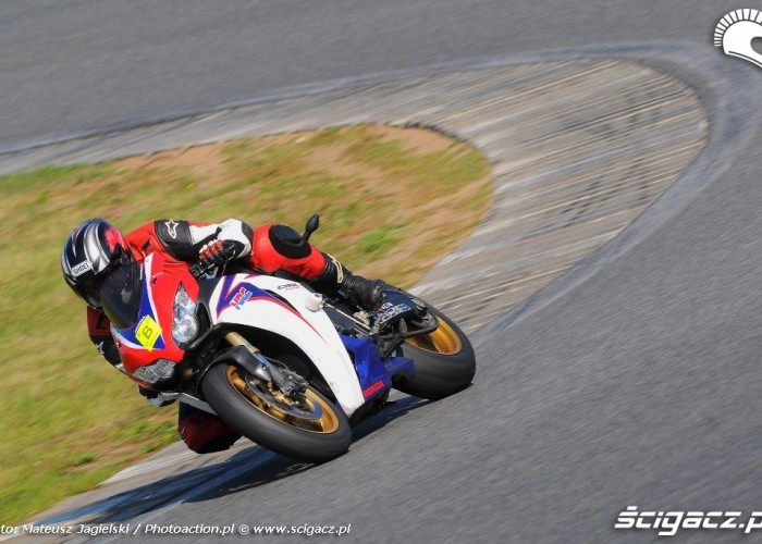 Honda Fireblade Speed day Tor Poznan