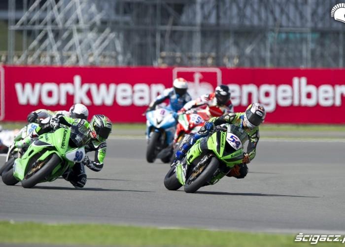 wyscigi motocyklowe silverstone 2012