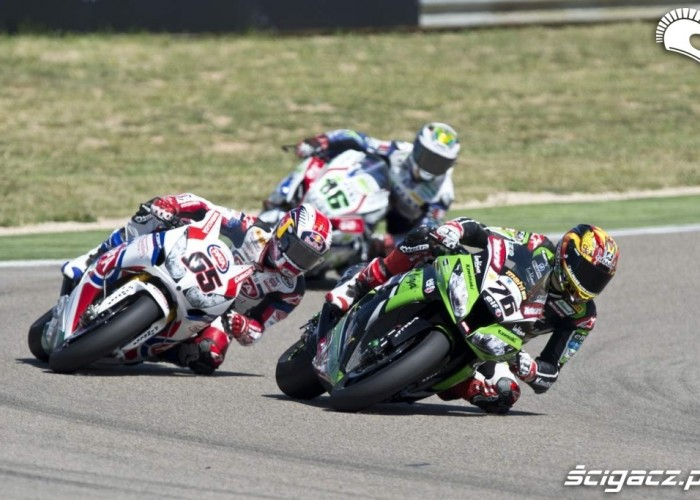 Baz Rea Cluzel World Superbike Aragon 2013