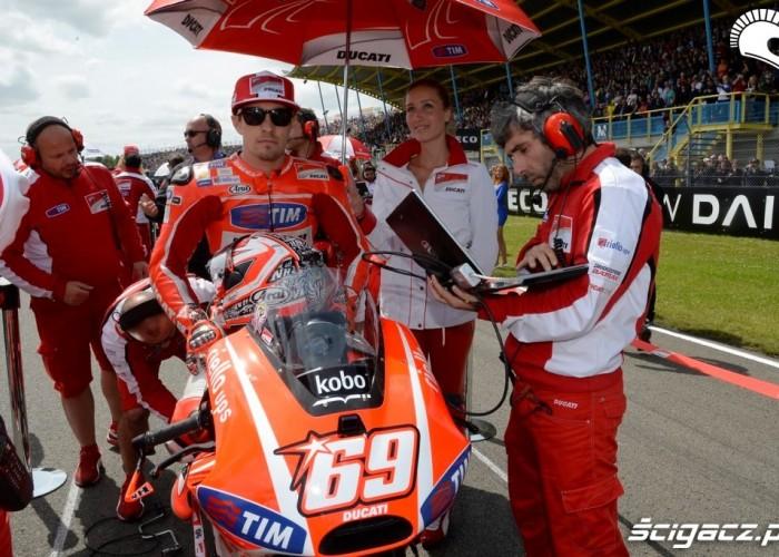 Hayden na polu Dutch TT Assen 2013