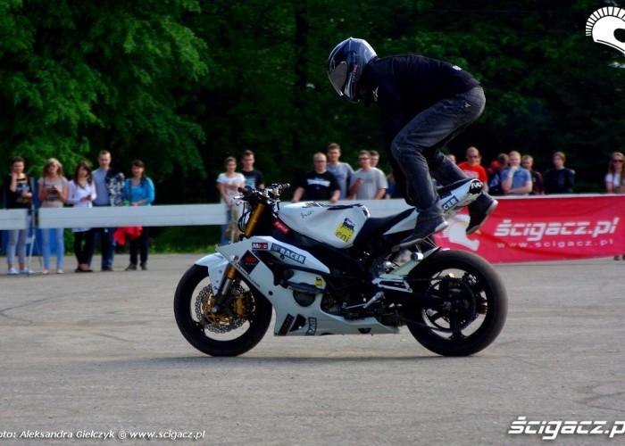 Lukasz FRS stunt