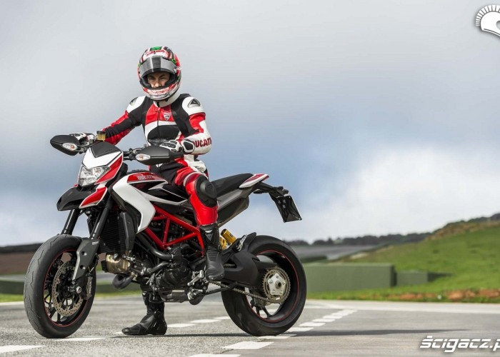 hayden Ducati Hypermotard