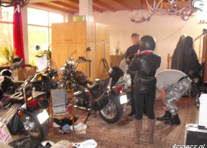 garaz w domu