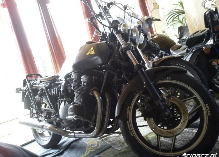 motocykle w pokoju