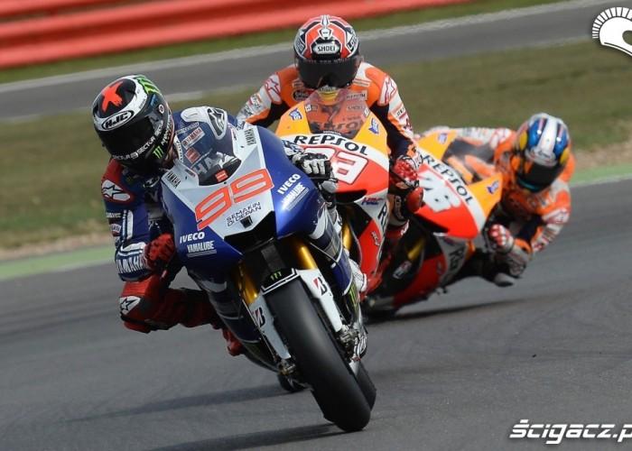 Zmiana kierunku Grand Prix Silvestone 2013