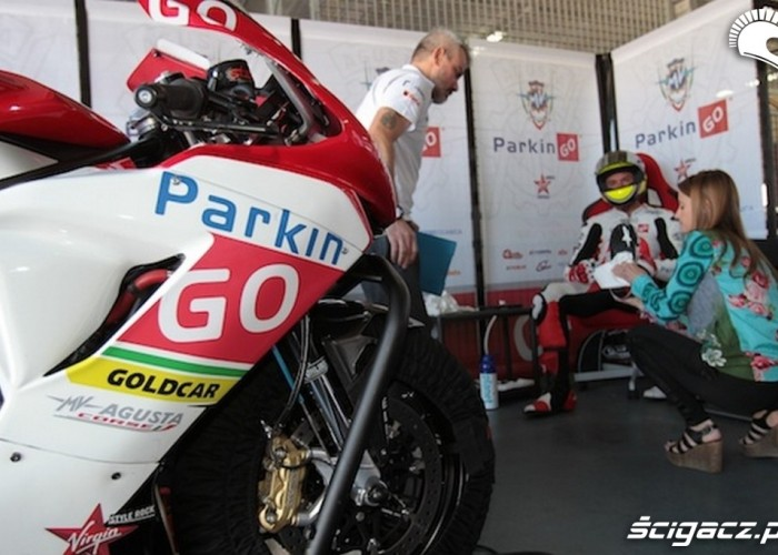 Agusta box World Supersport Aragon