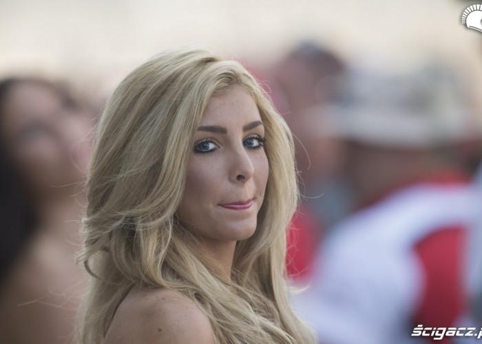 sliczna blondynka