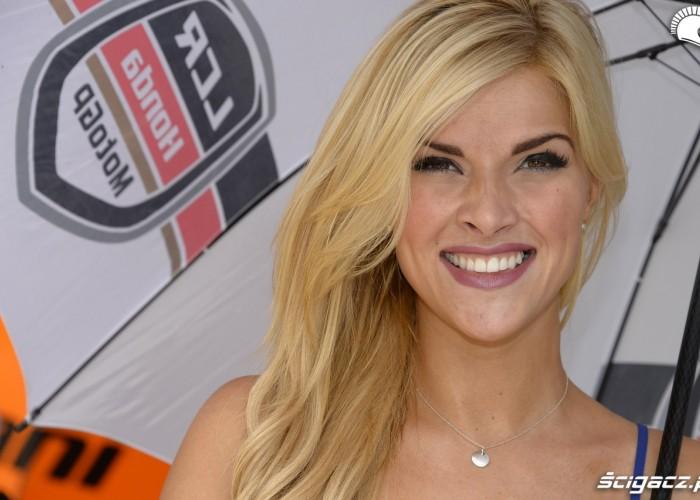 usmiech blondynki