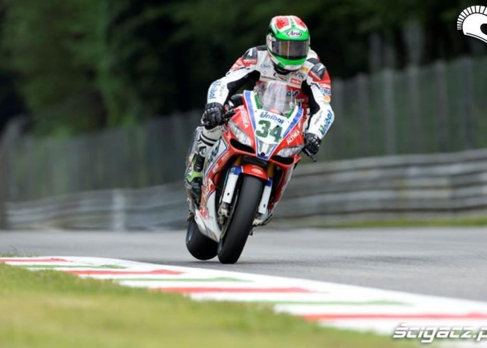 Giugliano WSBK Racing Monza 2013