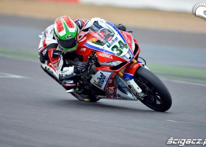 Davide Giugliano Superbike Silverstone 2013