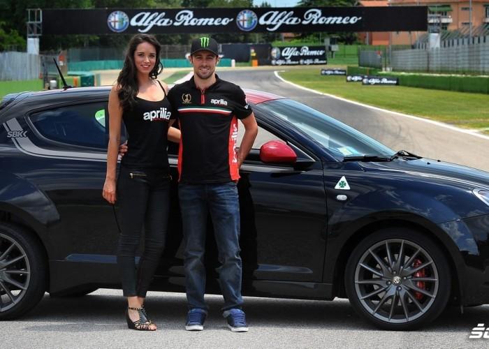 Lavety i dziewczyny World Superbike Imola 2013
