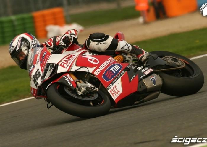 Ayrton Badovini Runda WSBK Magny Cours