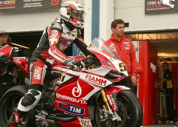 Ducati Runda WSBK Magny Cours