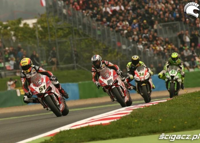 Ducati wyscig Runda WSBK Magny Cours