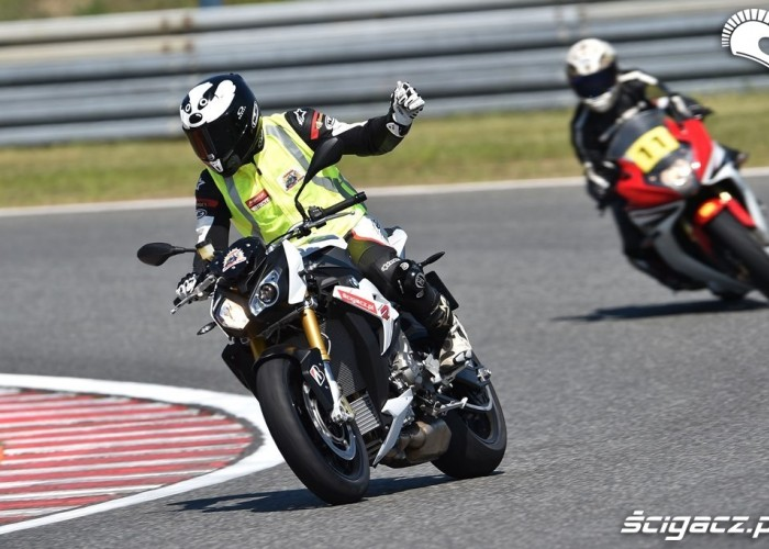 California Superbike School Poznan 2014 gaz
