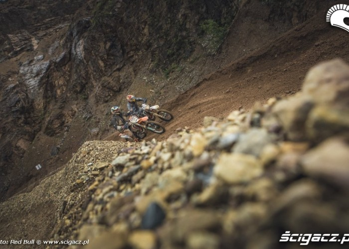 Zawodnicy erzbergrodeo 2014 red bull hare scramble