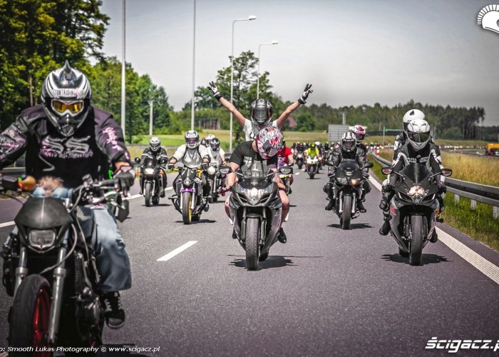 Killing The Streets 2014 autostrada