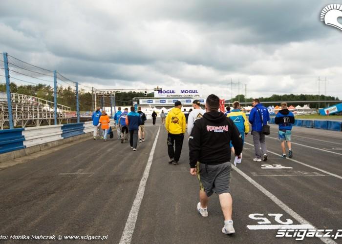 przygotowania FIM Supermoto GP Czech
