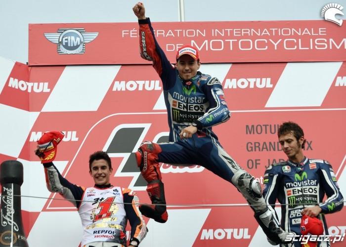 lorenzo podium japonia 2014