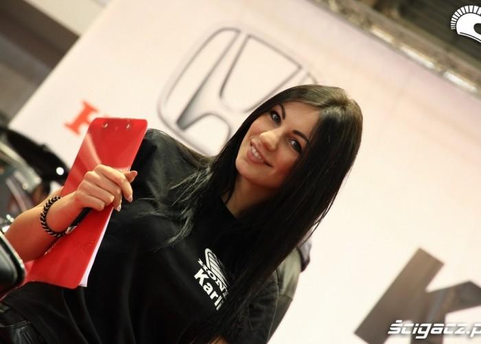 hostessa Karolina Honda