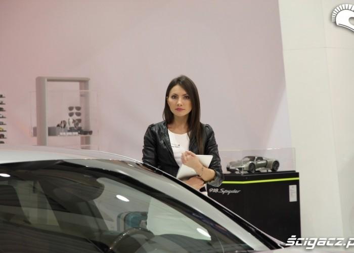 samochod modelka