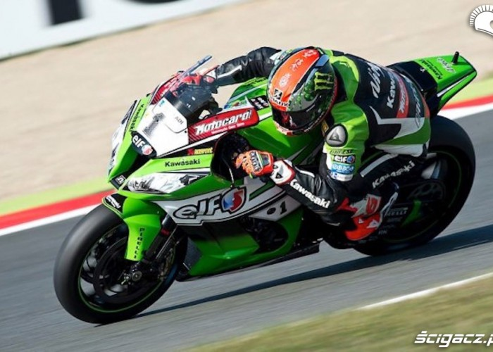 kawasaki racing tom sykes wsbk