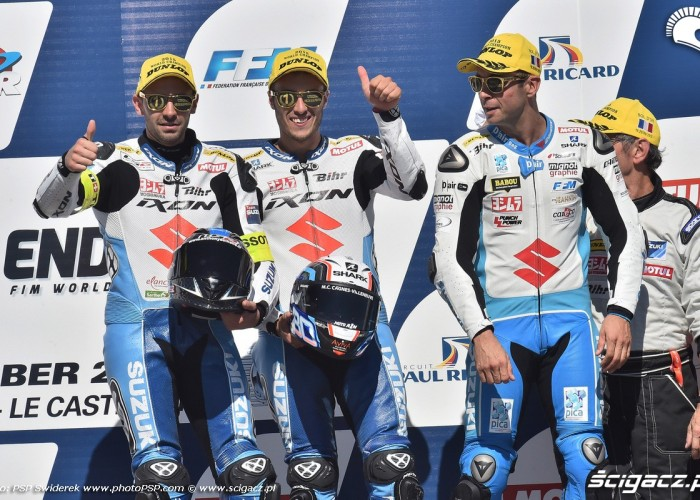ekipa Suzuki na podium